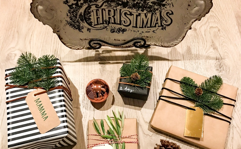 Simple & Modern DIY Christmas Wrapping Ideas